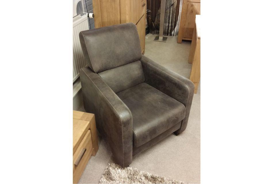 Eisenhouwer bank en fauteuils set uitverkoop for Fauteuils uitverkoop