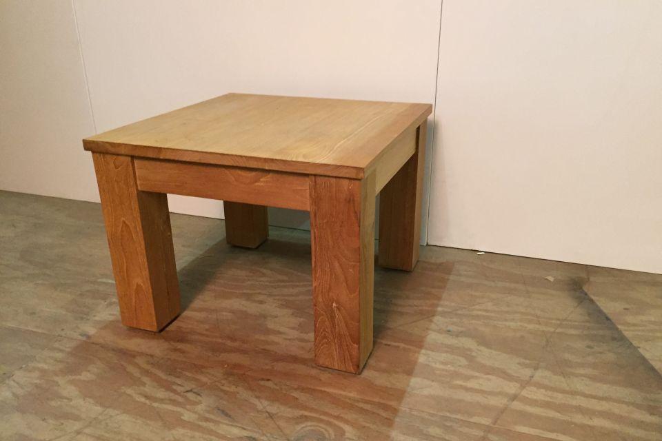 Hoektafel teak uitverkoop for Uitverkoop meubelen